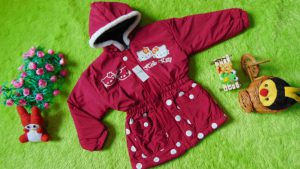 Jaket Anak 3-4th Anti Air Waterproof Hello Kitty Pink